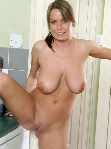 naked hotties getting laid